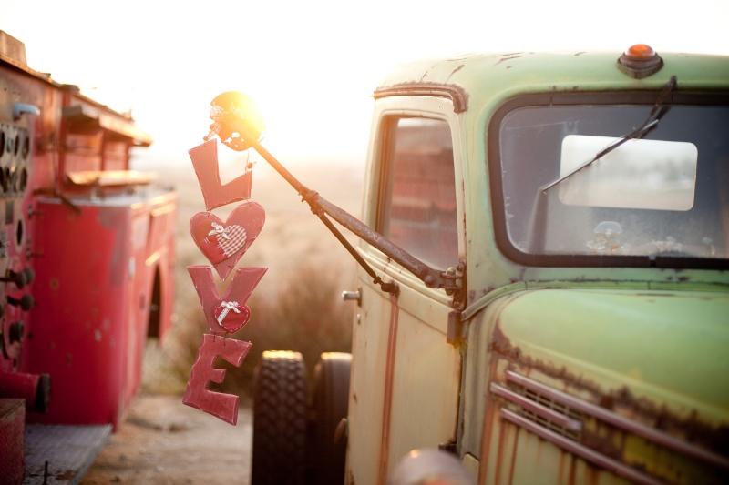 love-sign-hanging-vintage-truck